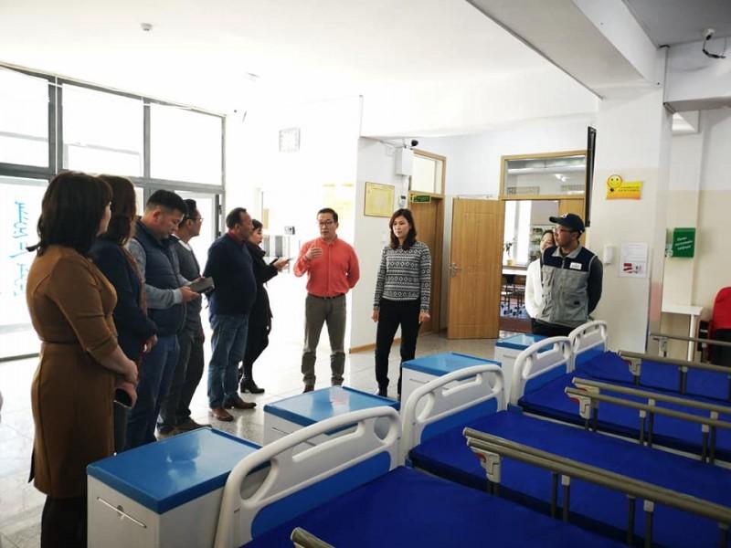 ЗГХЭГ-н Дэд дарга Б.Бат-Эрдэнэ Орхон аймгийн БОЭТ-д нэн шаардлагатай байсан 4 орыг хүлээлгэн өглөө